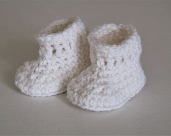 Baby booties - cream - winter white - newborn - wool and alpaca - natural fibers