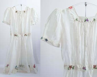 Special Vintage 1920s Girls White Gauze Party Dress Colorful Floral Embroidery