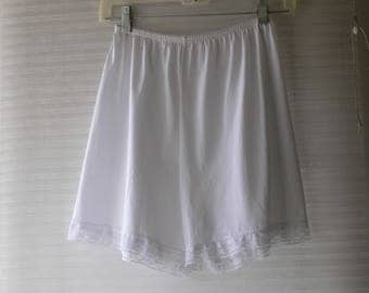 med white bloomers
