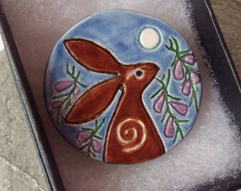 Ceramic Pottery Moongazing Hare and Heather Brooch Pin, Hare Animal Totem, Animal Jewellery, Voice of the Moor, Shawl Pin, Large Brooch