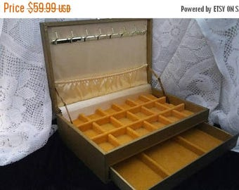 Now On Sale Large Vintage Jewelry Box - Green & Yellow Mid Century 1950's 1960's Home Decor Organization Solution - Vanity Display