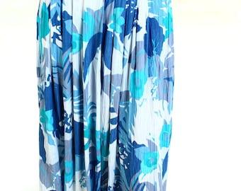 Vintage 80s Blue White Leaf Retro Print Crepe Skirt UK 12 US 10