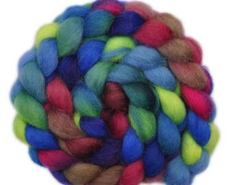 Handpainted roving - Icelandic wool spinning fiber, 3.9 ounces - Midway Attraction