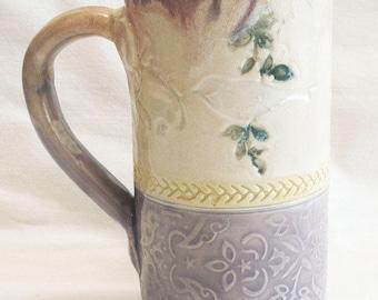 Ceramic  bird on a branch coffee mug 20oz. stoneware 20D061