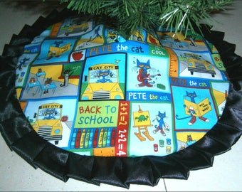 "Tabletop Tree Skirt ~ 24"" ~ Back to School Days"