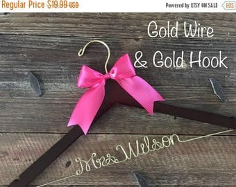 XMAS IN JULY Wedding Hanger, Bridal Hanger, Personalized Bride Hanger, Brides Hanger, Gold Wire Name Hanger, Personalized Bridal Gift