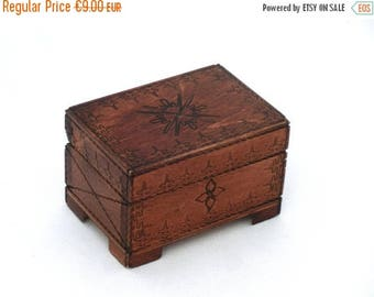 SALE 20% off Vintage wooden jewelry box, Vintage  Treasury box 70s, Handmade box, Wood Jewelry Box, Folk Style, Trinket box, Folk Art, Uniqu