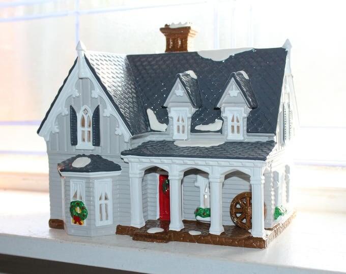 Dept 56 Snow Village 1991 Gothic Farmhouse with Box 5404-6