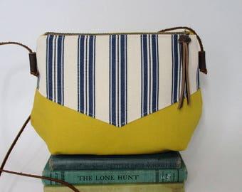 Sunny day. Crossbody purse - Summer purse - Travel purse - Canvas bag - Small - Crossover purse - Yellow - Blue - Nautical - Ready to ship