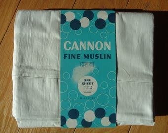Vintage Fine Muslin Cotton Flat Sized Double Sheet in Mint Condition in the original packaging, Made in the USA for the Cannon Mills Company