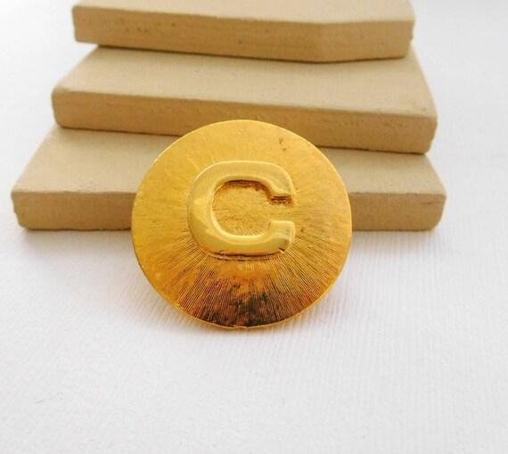Vintage Gold Tone Initial Letter C Monogram Modernist Dress Scarf Clip VV41