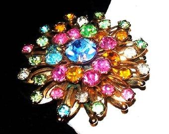 """Pastel Rhinestone Brooch Pin Tiered Flower Cluster Gold Metal 2"""" Vintage"""