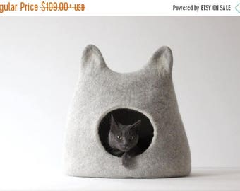 Valentines gift - Cat bed - felted wool cat cave - light gray cat bed with white ears- made to order - gift for pets - stylish cat bed