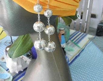 SALE Vintage 1970's Triple Silver Dangle Balls  Earrings