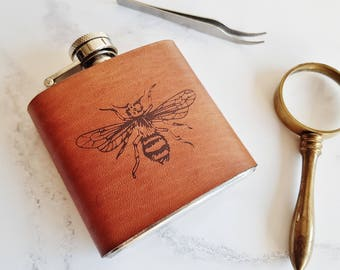 Honey Bee Hip Flask, natural sciences gift custom hip flask personalised bee illustration gin leather flask engraved gift whiskey flask