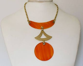 Vintage Mod Orange Plastic Necklace Fabulous Unique