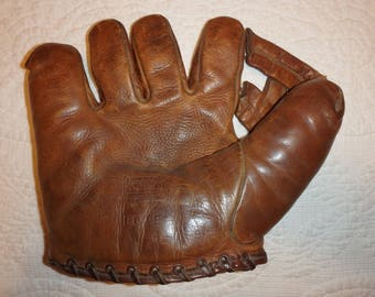 Pre War Baseball Glove Endorsed By Grady Hatton