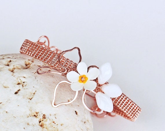 Rose gold bracelet Wire wrapped floral bangle wrist cuff gift for women her modern elegant leafy daisy flower dainty bracelets nature lovers
