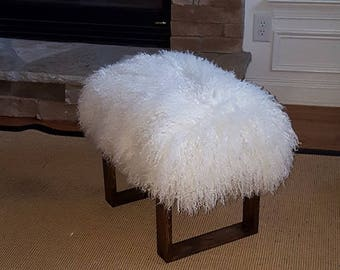 Mongolian Lamb Bench wood Legs