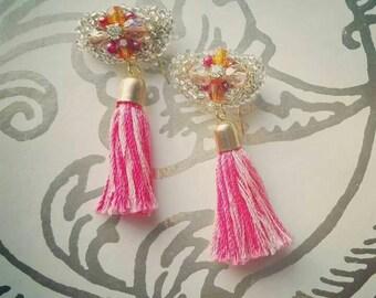 tassel earrings, mini tassel, chandelier earrings, textile jewelry, boho, casual, hippie, drop earrings, geometric jewelry, summer trend