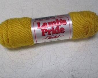 Lambs Pride Yellow Yarn 85/15 Wool Mohair 4 ounce skein Lemon Drop color M155 dye lot 058 NWT