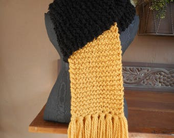 Hand Knit Scarf    Long Scarf
