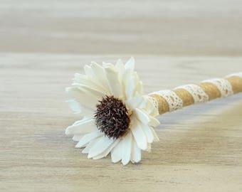 Rustic Wedding Pen, Burlap Guest Book Pen, Wedding Signing Pen, Rustic Flower Pen, Shabby Wedding Pen, Sola Flower Twine Pen Reception Decor