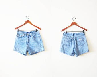 GUESS Denim Shorts / 90s Guess Jean Shorts / 90s Denim Shorts / Vintage Guess Jean Shorts / High Waisted Denim / Denim Shorts 28