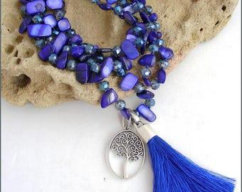Collier / Sautoir Bleu Indigo- Perles Nacre, Cristal, Arbre  et pompon Soie - Collier femme /necklace/collar