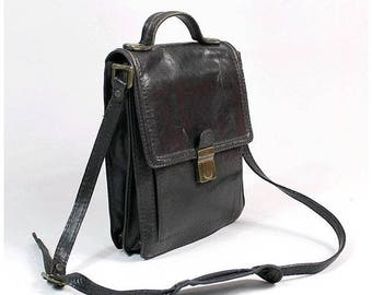 1970s chocolate  Messenger Bag made in italy /70s crossbody messenger