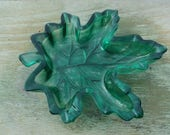 Green pressed glass Maple leaf bowl/trinket/nuts/candy
