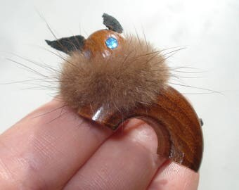 Vintage Teak and Fur Brooch - Squirrel Pin - Brown Wooden Jewelry 1960s - Denmark