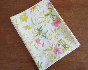 """Vintage Pillowcase - Pink and Green Floral - 31"""" x 20"""""""