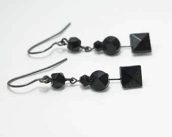 Antique/ estate 1800s Victorian Vauxhall glass / French jet/ black mourning, drop earrings- jewelry jewellery UK seller