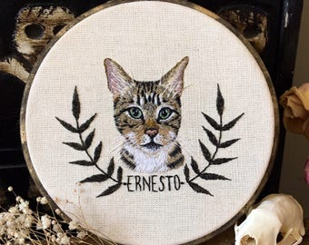 Custom pet portrait - one of a kind embroidery hoop art -Hand Embroidered Pet Portrait. Animal Hoop Art. Hand Stitched Pet Art.