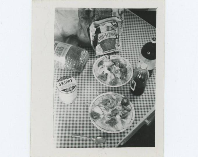 Vintage Photo Snapshot: Spread (76587)