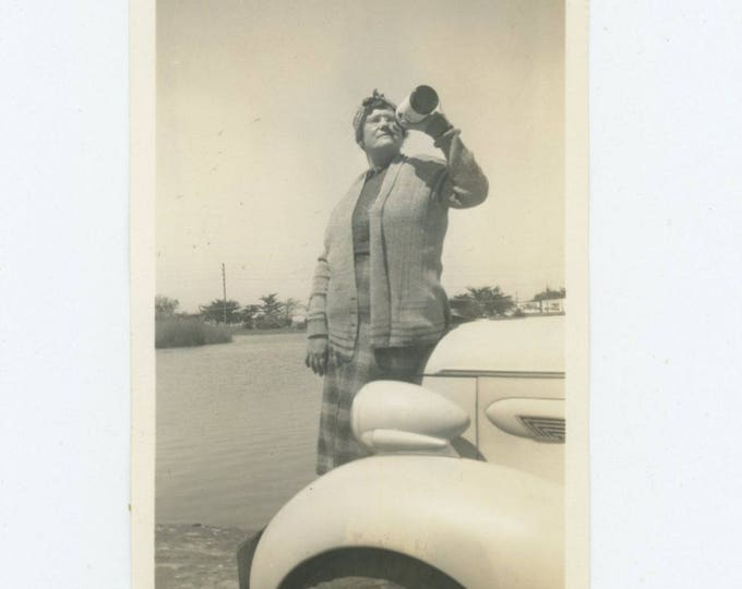 Vintage Snapshot Photo: Drink, Drive, c1940s (79605)