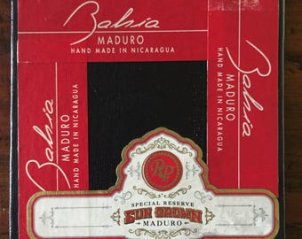 2017 Cigar Band Collage Coaster: Red Maduro