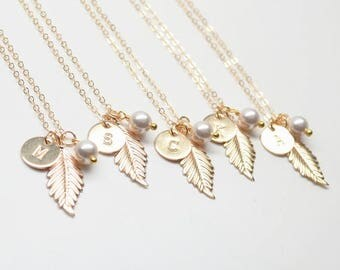 Set of 2, 3, 4, 5, 6, 7 Gold Filled Feather Necklac-Fall Autumn Wedding,Bridesmaid Gift Necklaces-Personalized,Monogram gold leaf Pearl
