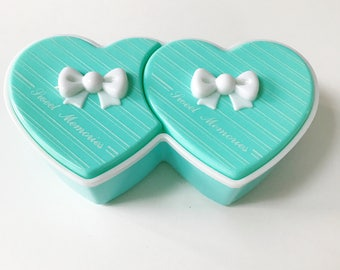 Vintage Kitsch Turquoise Plastic Sweet Memories Trinket Heart Shaped Jewellery Box