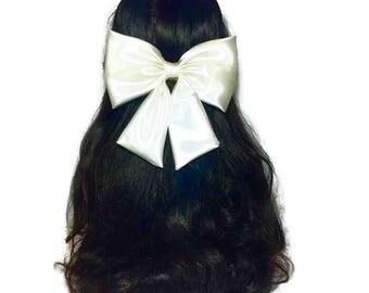 Ivory Hair Bow, Ivory Satin Hair Bow, Extra Large Hair Bow, Wedding Bow, Prom Dress Bow, Fabric Hair Bow, Ivory Bow, Kawaii Bow ELWT016