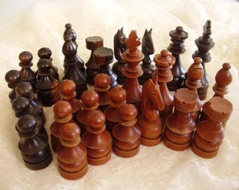 Vintage WOOD CHESS Pieces