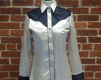 Vintage 40s 50s Womens Satin Western Shirt // Silver Satin Cowgirl Blouse // Rodeo Ready
