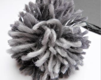 Big Grey Gradient Pompom 90mm, 3.54 inches Wool Yarn