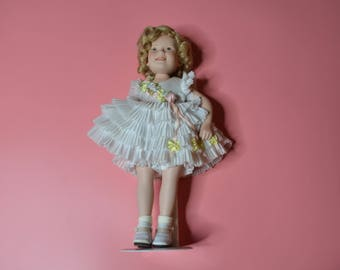 """Vintage Shirley Temple Doll From the Danbury Mint """"Baby Take A Bow"""""""