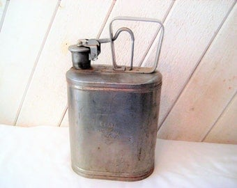 Vintage galvanized gas kerosene can, safety can, hand triggered, hazadous can, Protectoseal Co., mid century, 1950s, industrial decor