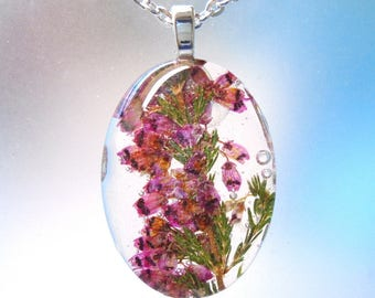 Real  Pressed Flower  Heather  Oval Glass Necklace