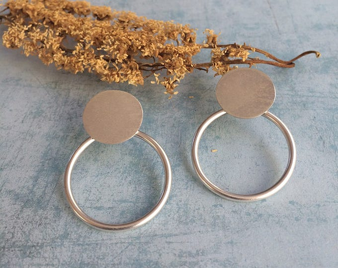 Stud silver earrings - open circle stud earrings - geometric earrings - circles earrings