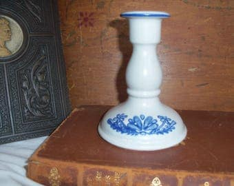 Pfaltzgraff Yorktowne Ceramic Candle Holder Taper Blue Colonial