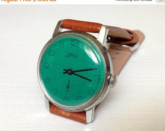 "ON SALE Soviet watch ""Pobeda"", Mens watch ,Vintage Watch ,Russian watch , Mechanical watch , men's watch, minimal watch, green watch"